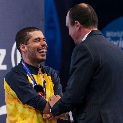 daniel dias recebe medalha no mundial de natacao londres 2019