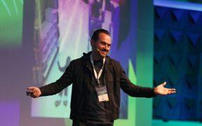 tim lucas da hyper island na conferencia brasil em código