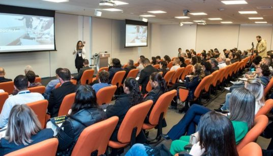 plateia no summit alimentos 2019 na gs1 brasil