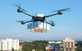 rd e novartis simulam entrega por drone