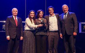 representantes da nut recebem premio automacao 2019
