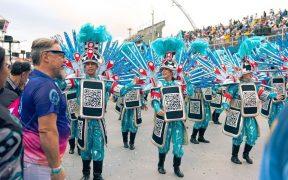 equipe da gs1 no desfile da rosas de ouro no carnaval 2020