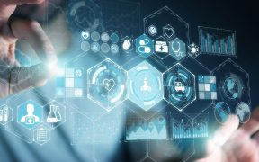 empresario interagindo com conceito de interfacede inovação medica